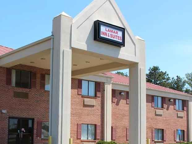 Lamar-Inn-And-Suites-Near-Atlanta-Skydiving
